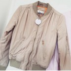 Nude 90s Bomber